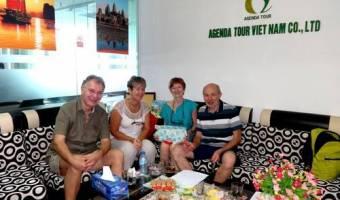 Groupe de Mesdames et Messieurs Sophie et JC Marcombes avec Brigitte et Didier