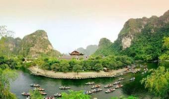 Découvrir le complexe paysager de Trang An
